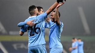 City forza 5, sorpasso in vetta allo United. Vince anche l'Arsenal