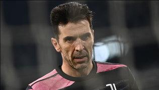Infinito Buffon: a 43 anni punta il rinnovo e il record di Ballotta