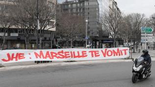 Caos a Marsiglia, ultrà dell'OMin rivolta: rinviata la gara col Rennes