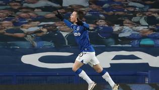 Everton, clamoroso 5-4 a Mou e quarti di finale | Avanti anche il City