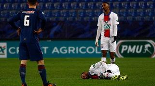 Neymar, l'infortunio è serio: salta la sfida col Barcellona