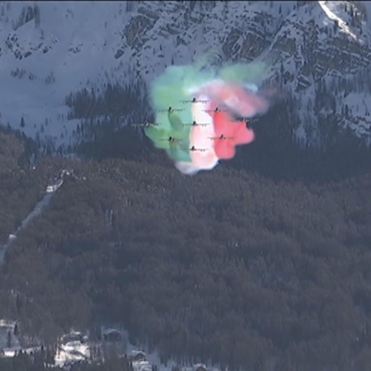 Lo spettacolo delle Frecce Tricolori a Cortina