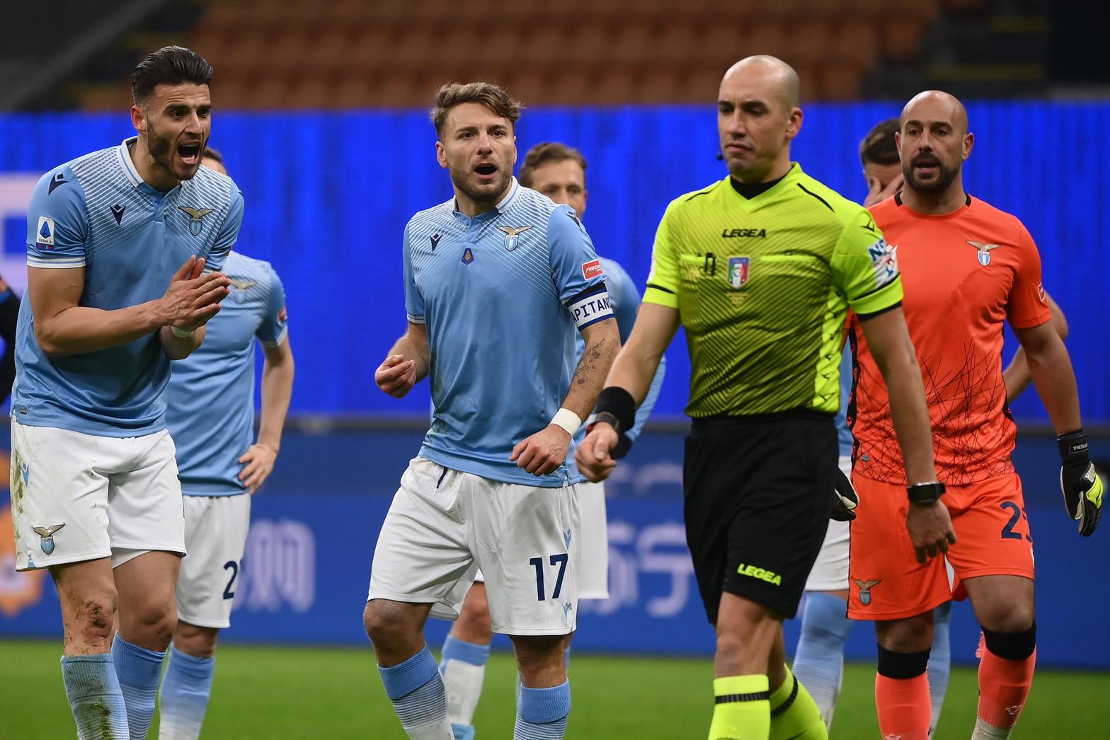 Le migliori immagini di Inter-Lazio 3-1. Nerazzurri in campo con le maglie con scritte in cinesi per festeggiare il Capodanno del paese asiatico.<br /><br />