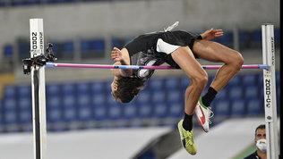 Tamberi già in forma olimpica: vola a 2,34, miglior salto dal 2016