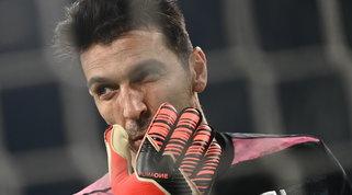 Espressione blasfema in Parma-Juve, 5.000 euro di multa a Buffon