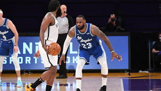 Nets, prova di forza: Lebron deve arrendersi. Bucks sempre più a picco