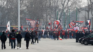 Milan-Inter: i tifosi comunque allo stadio (senza distanziamento)