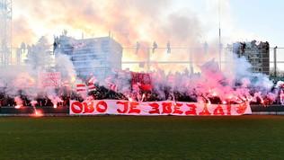 Fumogeni, bandiere e stadio pieno! Stella Rossa, ritorno da eroi da Milano