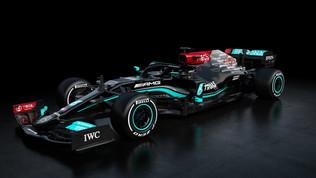Mercedes, presentata la W12 di Hamilton e Bottas