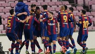 Impresa del Barcellona, la remuntada al Siviglia vale la finale