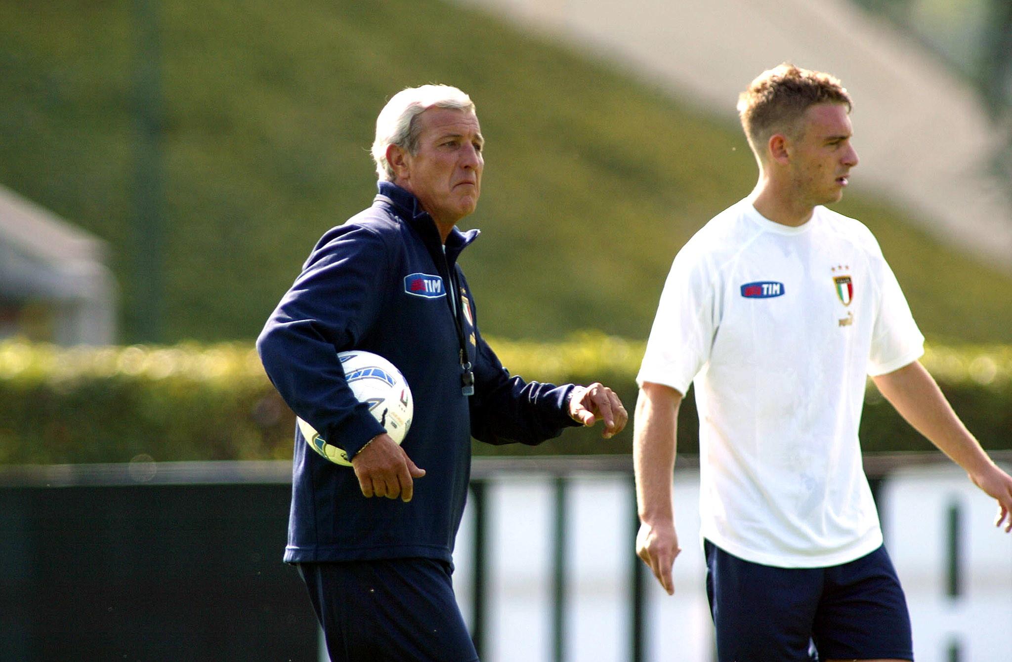 Daniele De Rossi torna in Nazionale nello staff tecnico di Roberto Mancini. L&#39;ex Roma ha vestito la casacca dell&#39;Italia in 117 occasioni, vincendo il Mondiale del 2006 e raggiungendo la finale a Euro 2012.&nbsp;<br /><br />