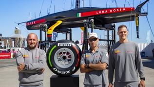 All'asta un pneumatico Pirelli di F1 firmato dai membri di Luna Rossa
