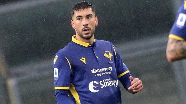 Accordo Napoli-Verona per Zaccagni, ma lui aspetta il Milan