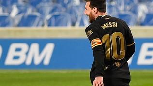 Laporta gli offre un rinnovo vitalizio: Messi ci sta pensando