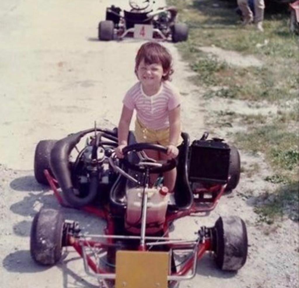 Barbara Pedrotti, nuovo volto di Drive UP, ci ha svelato delle foto inedite della sua infanzia. Naturalmente a quattro ruote.<br /><br />