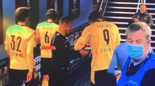 L'autografo di Haaland costa caro: sospeso l'assistente di City-Dortmund