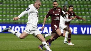 Il Lille fatica per un'ora, poi il Metz si arrende:Psgmandato a -6