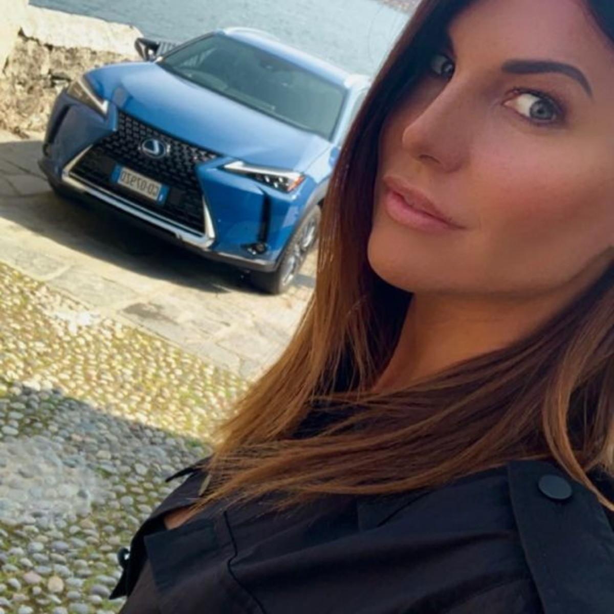 Barbara Pedrotti debutta sulla LexusUX