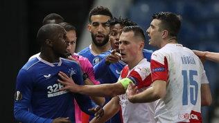 """""""Fottuta scimmia"""", la Uefa stanga Kudela con 10 giornate di squalifica"""