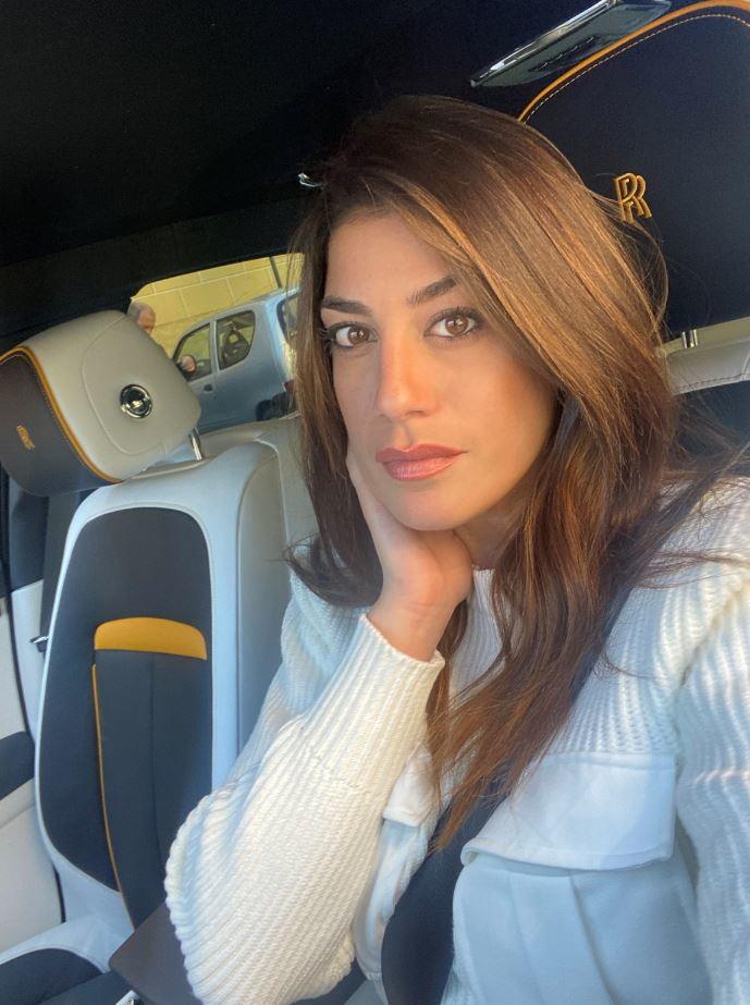 Vicky Piria a Portofino al volante della Rolls Royce.<br /><br />