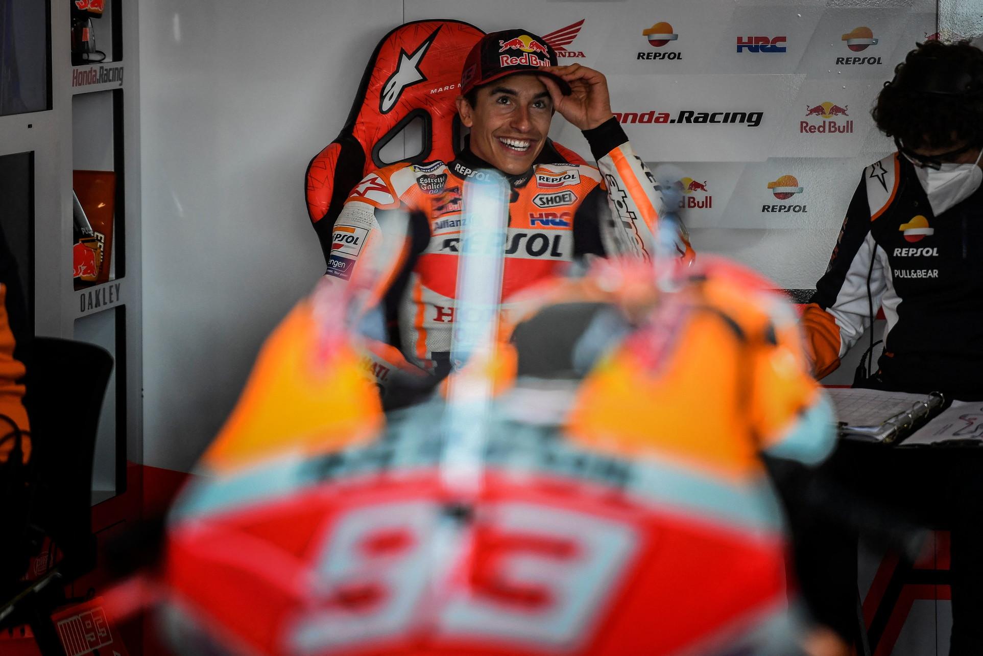Le prime due sessioni di libere del GP del Portogallo segnano il ritorno in pista di Marc Marquez, in sella alla Honda 265 giorni dopo l&#39;infortunio all&#39;omero&nbsp;del braccio destro<br /><br />