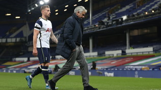 Il Tottenham non è più Special: esonerato Mourinho