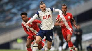 Il City torna a vincere, il Tottenham ribalta il Southampton al 90'