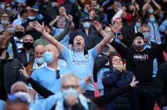 Riecco i tifosi allo stadio: giorno storico per il calcio con Wembley che ha riaperto per la finale di Carabao Cup tra Manchester City e Tottenham. Quattromila i presenti a godersi la partita e ancora proteste per la Super League.<br /><br />