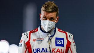 """Mick Schumacher: """"Papà nella storia della Ferrari, bello farne parte"""""""