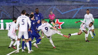 Benzema riacciuffa Pulisic e salva il Real,col Chelsea è 1-1