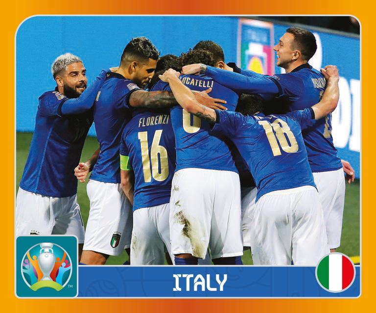 Mancano sei settimane al via di Euro&nbsp;2020 e Panini lancia &quot;UEFA Euro 2020 Tournament Edition&quot;, la nuovissima collezione di figurine sulle 24 Nazionali che si contenderanno titolo europeo a partire dalla sfida inaugurale dell&#39;11 giugno prossimo allo Stadio Olimpico di Roma tra Italia e Turchia. Questa raccolta &egrave; articolata in 678 figurine adesive (di cui 144 fustellate e 30 speciali olografiche), da raccogliere nell&#39;apposito album da 96 pagine con in copertina il logo ufficiale della competizione. Ben in anticipo sulle convocazioni ufficiali del ct Roberto Mancini, ecco i 20 calciatori per comporre l&#39;Italia: Gianluigi Donnarumma, Salvatore Sirigu, Francesco Acerbi, Alessandro Bastoni, Leonardo Bonucci, Giorgio Chiellini, Emerson, Alessandro Florenzi, Nicol&ograve;&nbsp;Barella, Jorginho, Manuel Locatelli, Lorenzo Pellegrini, Marco Verratti, Andrea Belotti, Domenico Berardi, Federico Bernardeschi, Federico Chiesa, Ciro Immobile, Lorenzo Insigne e Moise Kean.&nbsp;<br /><br />