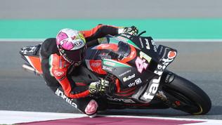 """Aprilia diventa """"team factory"""": in MotoGP fino al 2026. E se Rossi..."""