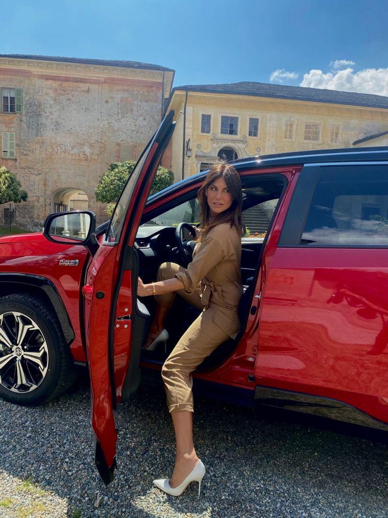 A Varallo Sesia Barbara Pedrotti, in occasione della quarta puntata di Drive UP, ha provato la Toyota&nbsp;Rav 4 Plugin Hybrid&nbsp;per poi mettersi la muta e cimentarsi in un po&#39; di rafting.<br /><br />
