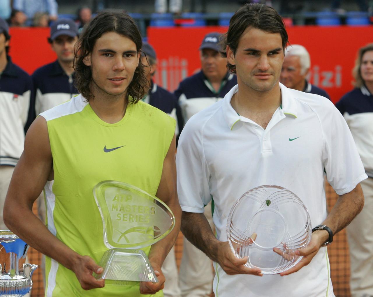 Ma ancor più indimenticabile è la finale del 2006, in cui Nadal fa il bis, ancora una volta al tie-break del quinto set, ai danni del numero 1 del mondo Federer dopo avergli annullato due match-point.