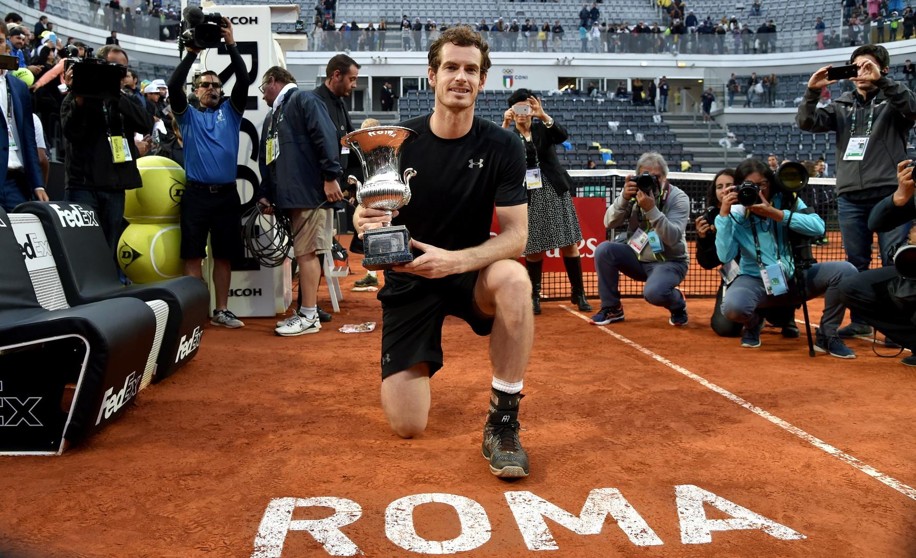Djokovic ha raggiunto la finale anche nei due anni successivi. Nel 2016, sotto una pioggia leggera, ha perso contro Andy Murray che ha festeggiato al meglio il 29º compleanno.