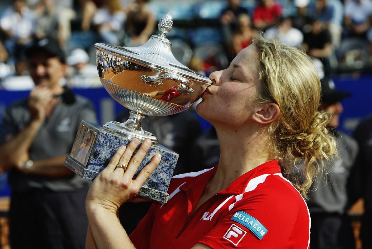 Mentre un'altra belga, Kim Clijsters, si è imposta nel 2003 dopo un'appassionante rimonta sulla francese Amelie Mauresmo.