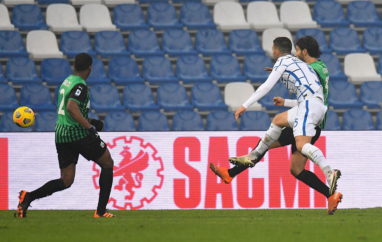 Sassuolo-Inter 0-3, 28 novembre: in gol Sanchez, Chiriches (autogol) e Gagliardini
