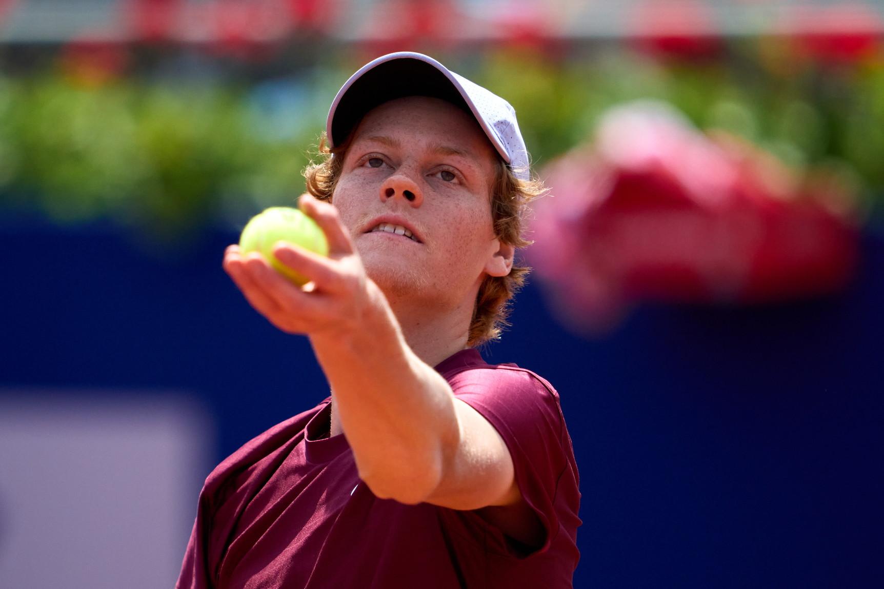 Jannik Sinner, la stella nascente del tennis tricolore, numero 18 al mondo.