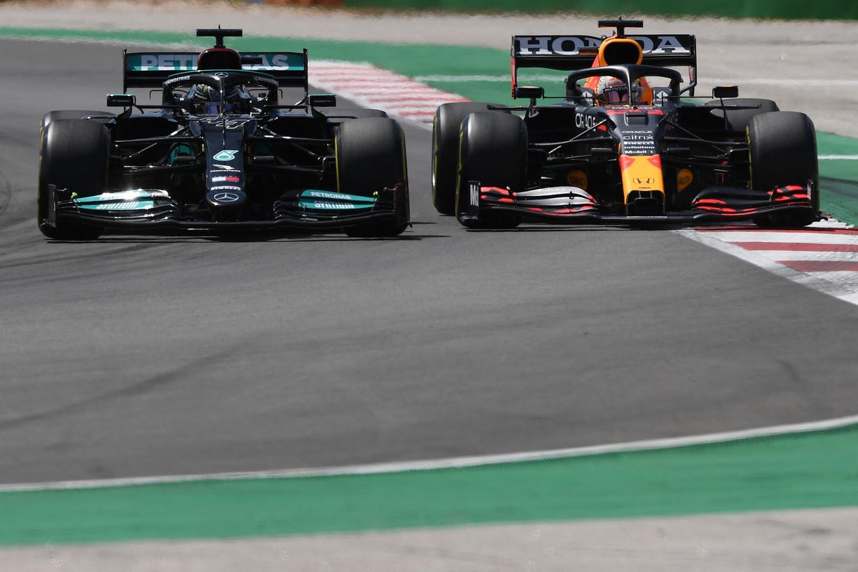 Lewis Hamilton ha vinto il GP del Portogallo, precedendo sul podio Verstappen e Bottas. Ferrari lontane.<br /><br />