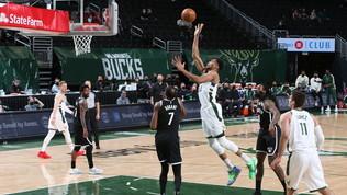 Phoenix in vetta a Ovest, i Nets cadono ancora contro i Bucks