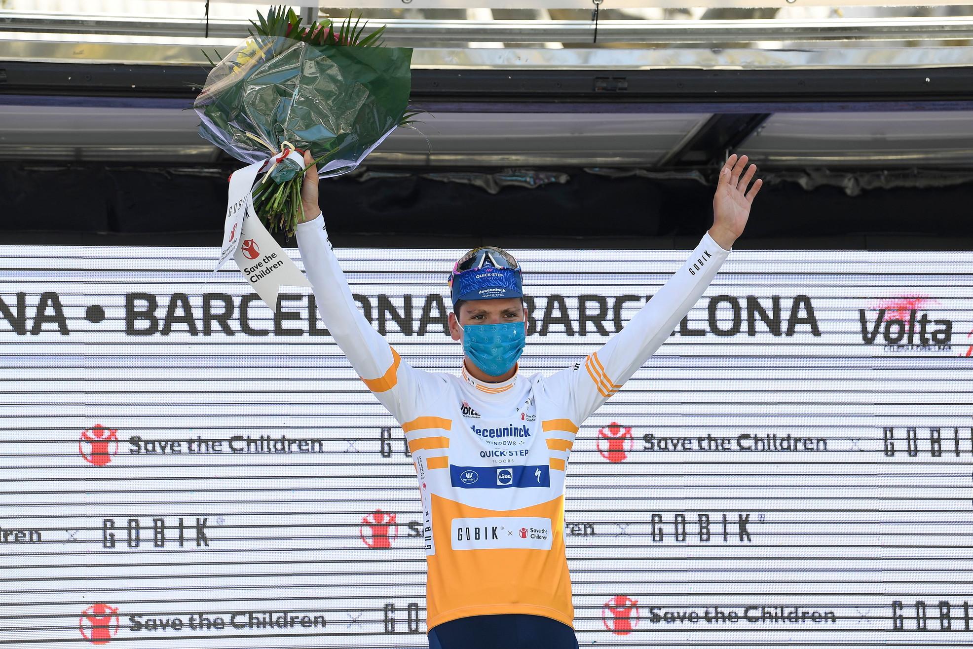 Due saranno le punte anche per la Deceuninck-Quick Step (BEL) con Remco Evenepoel, al rientro dopo l'incidente a Il Lombardia 2020 e João Almeida, 15 giorni in Maglia Rosa e quarto nella generale del Giro 2020.