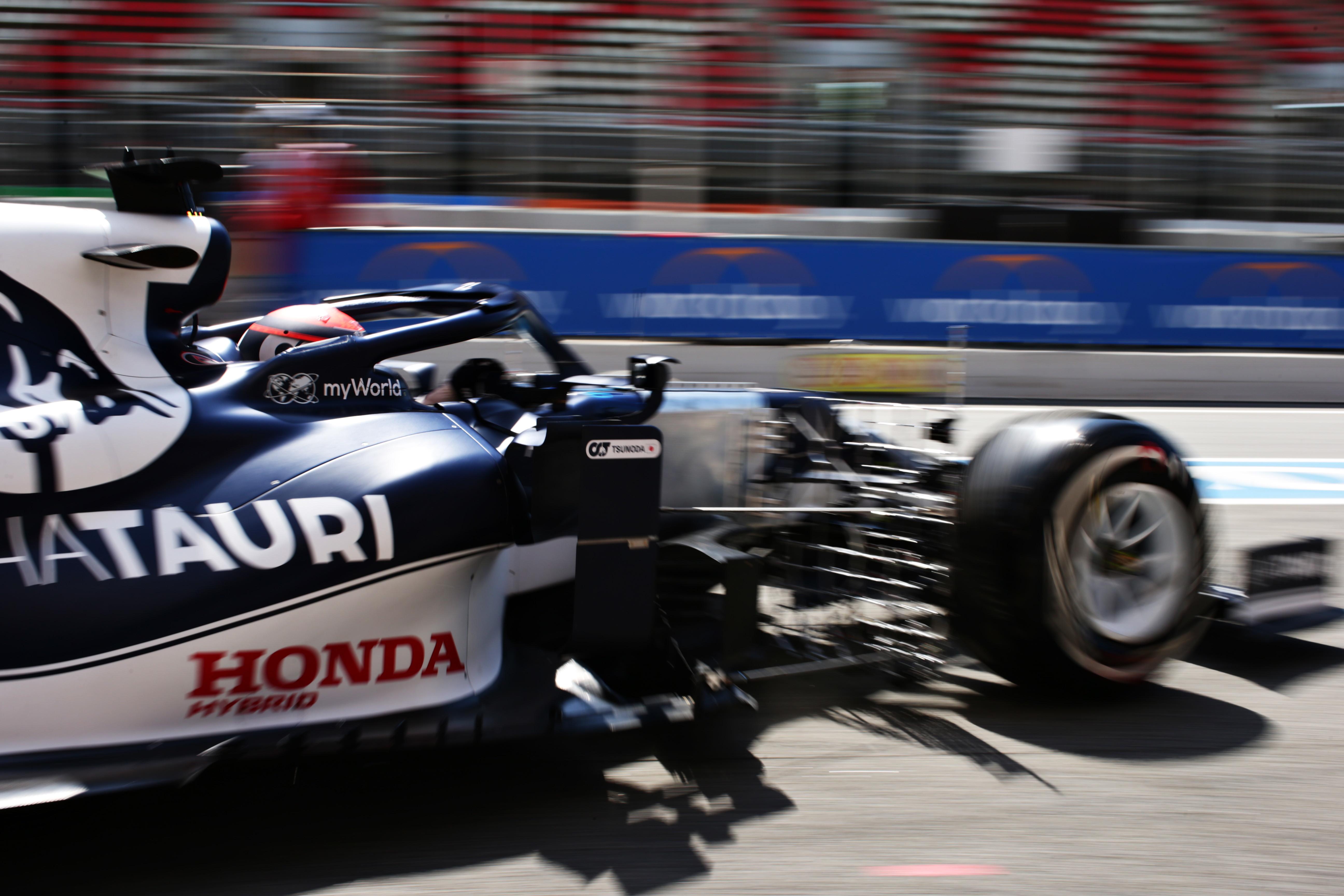 Dopo il GP di Portimao la F1 sbarca in Spagna, nel suggestivo circuito di Montmel&ograve; in Catalogna. Riuscir&agrave; Hamilton a conquistare a Barcellona la sua pole numero 100 in carriera?<br /><br />