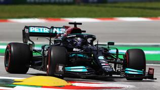 """Hamilton: """"Ottimo lavoro, ma la Ferrari sta crescendo"""""""