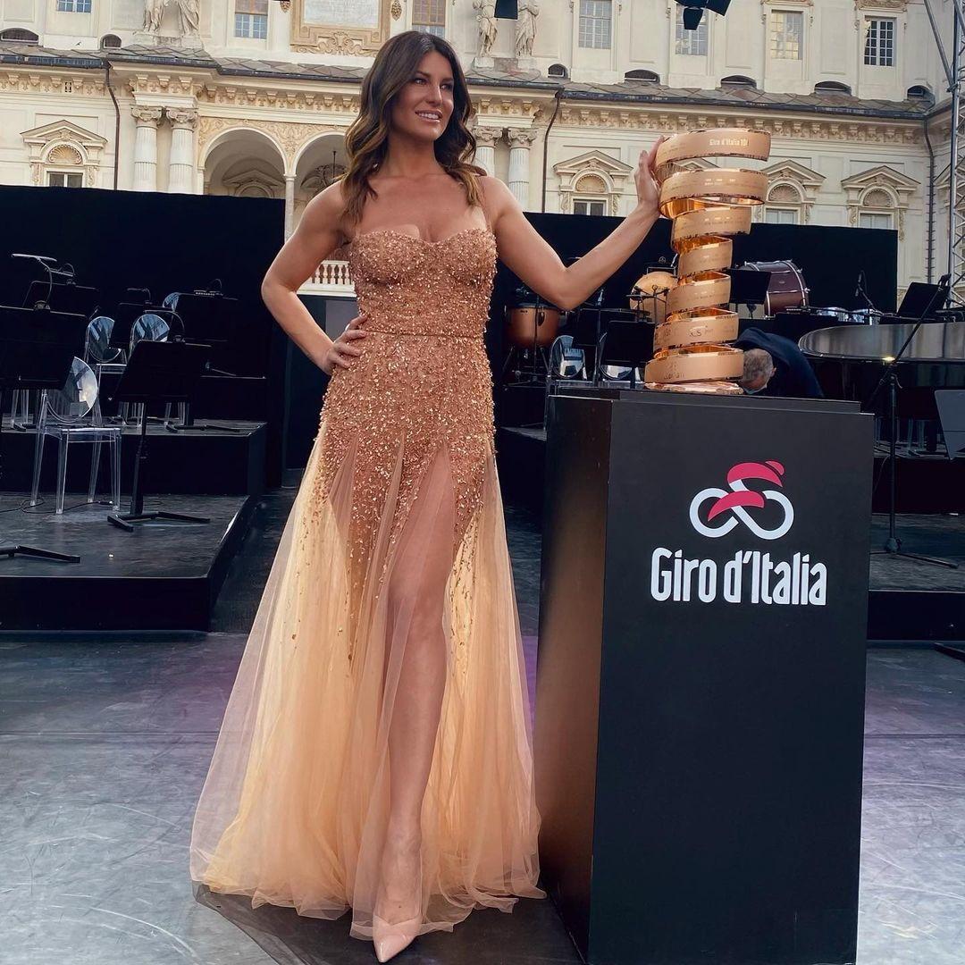 <p>Barbara Pedrotti, madrina del Giro d'Italia e conduttrice di Drive Up, in onda ogni sabato su Italia 1.</p>