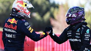"""Hamilton: """"100 pole, che emozione"""". Per Bottas e Max sarà battaglia"""