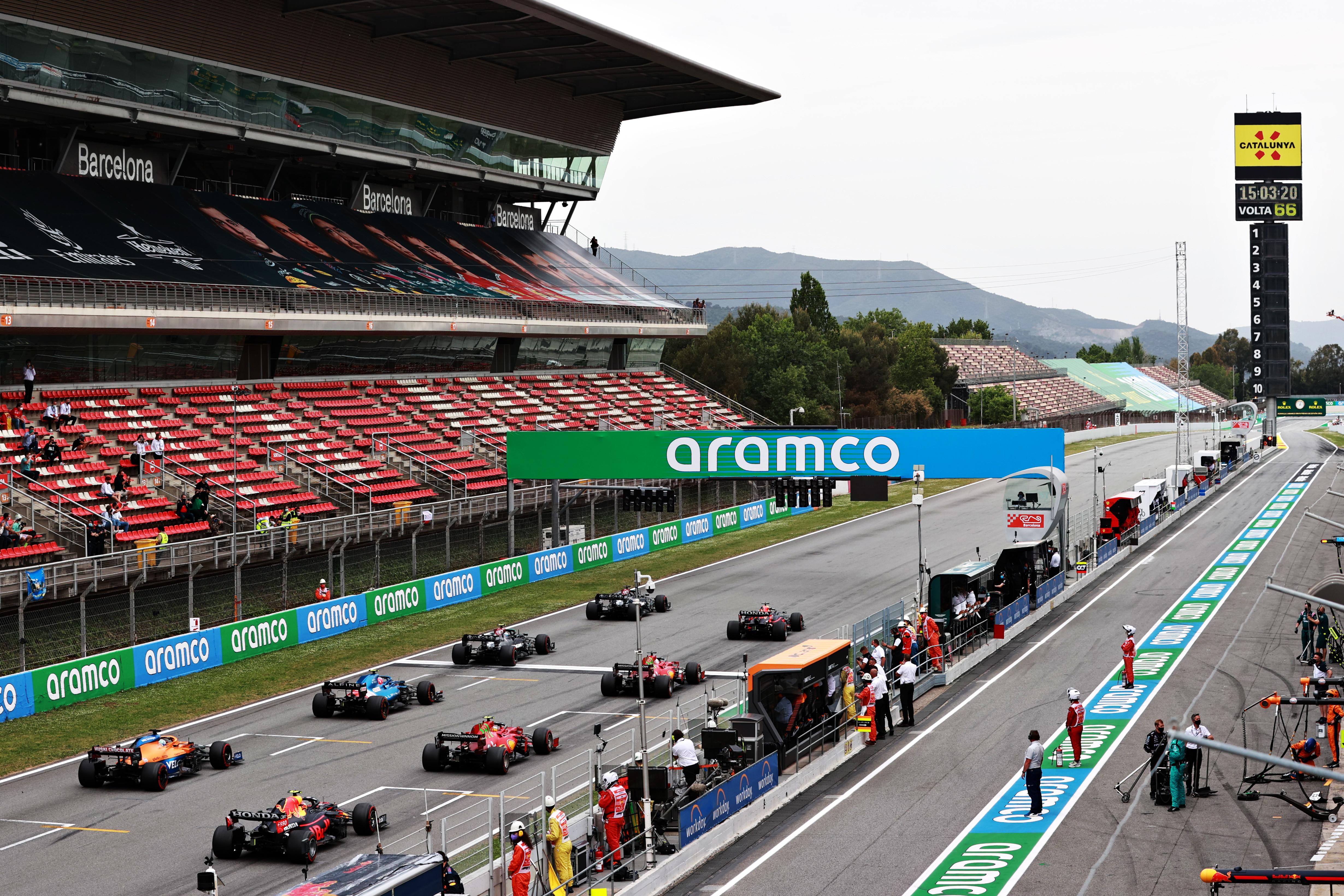 Lewis Hamilton vince il GP di Spagna davanti a Max Verstappen e Valtteri Bottas<br /><br />