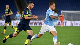Immobile in extremis stende il Parma, la Lazio spera ancora nella Champions