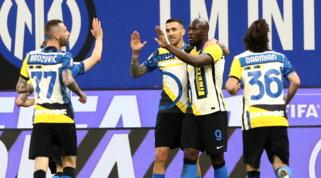 L'Inter non si ferma più: la festa prosegue con un tris alla Roma