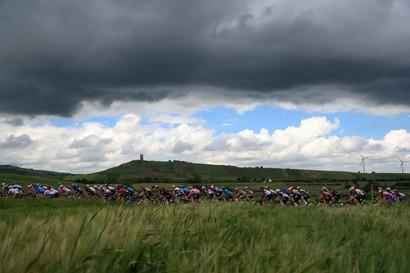 Victor Lafay ha vinto l'ottava tappa del Giro d'Italia. Al secondo e terzo posto si sono classificati i compagni di fuga Francesco Gavazzi e Nikias Arndt.