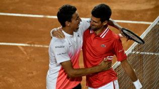 """Djokovic applaude Sonego: """"Complimenti a Lorenzo, ha lottato fino all'ultimo"""""""